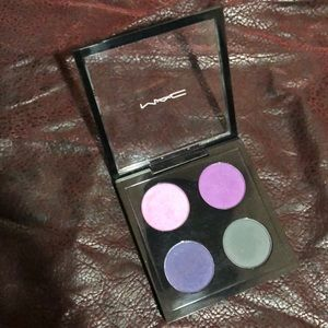 """""""Spoiled Rich"""" MAC limited ed. Eyeshadow pallet"""